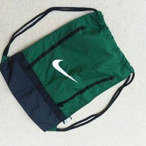 NIKE Training Gym Sack Book Bag Green